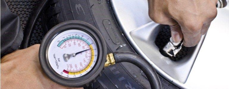 Conselhos para poupar combustível tendo a pressão dos pneus correta